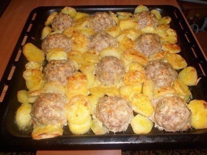Блюда в духовке из фарша с картофелем с фото