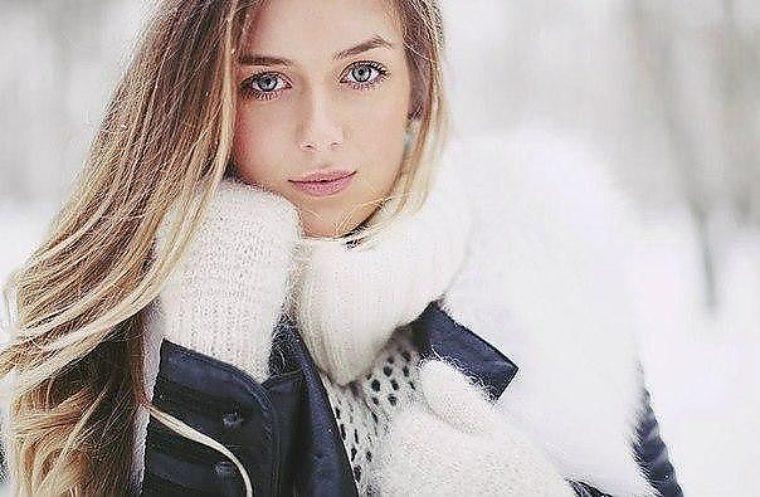 красивое фото зима девушка