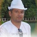 Весельчак У, 42 года